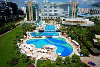 Sherwood Breezes Resort - All Inclusive