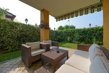 Le Terrazze sul Lago Residence & Hotel in Padenghe sul Garda from ...