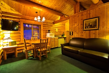Standard Cabin (Pets allowed for Fee)