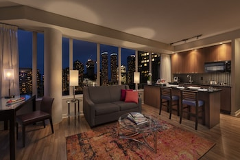 Executive View Suite