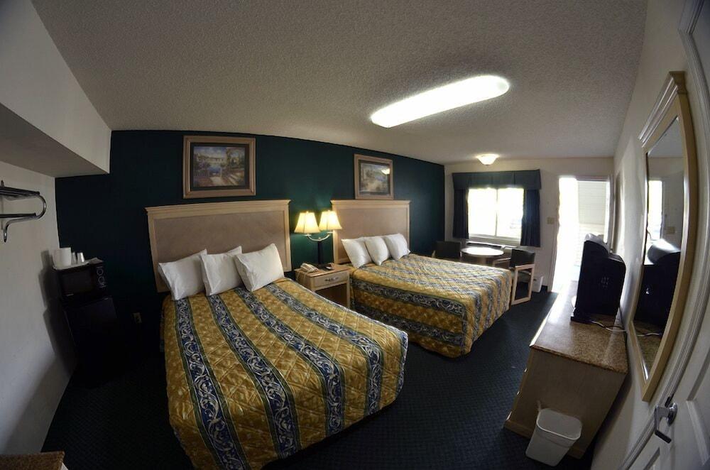엠파이어 인 앤드 스위트 애틀랜틱시티/앱시콘(Empire Inn & Suites Atlantic City/Absecon) Hotel Image 4 - Guestroom