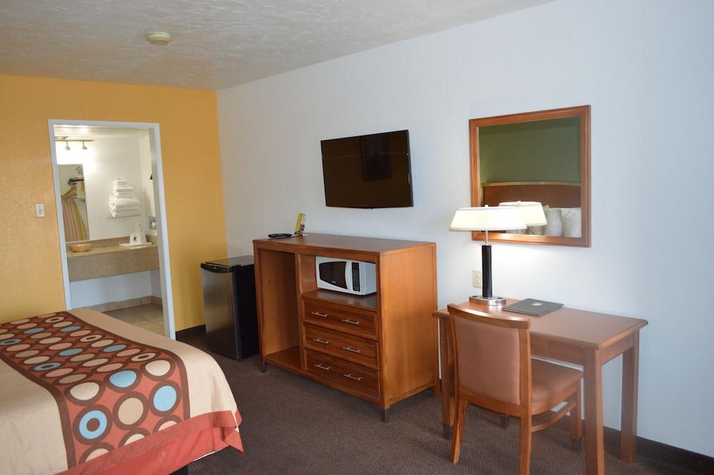 수퍼 8 바이 윈덤 베이 세인트 조지 유타(Super 8 by Wyndham St. George UT) Hotel Image 20 - In-Room Amenity