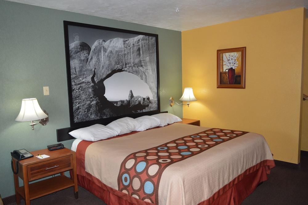 수퍼 8 바이 윈덤 베이 세인트 조지 유타(Super 8 by Wyndham St. George UT) Hotel Image 7 - Guestroom