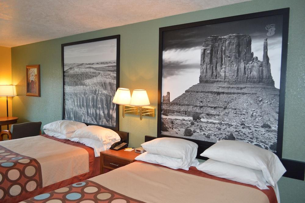 수퍼 8 바이 윈덤 베이 세인트 조지 유타(Super 8 by Wyndham St. George UT) Hotel Image 21 - In-Room Amenity