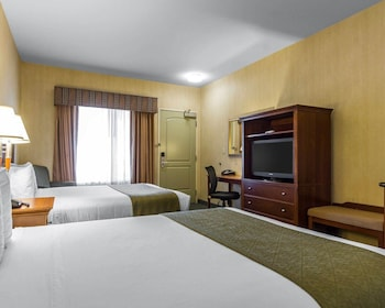 Livermore Vacations - Quality Inn And Suites - Property Image 1