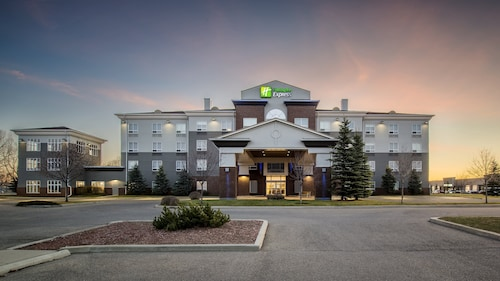 . Holiday Inn Express Hotel & Suites Airdrie-Calgary North, an IHG Hotel