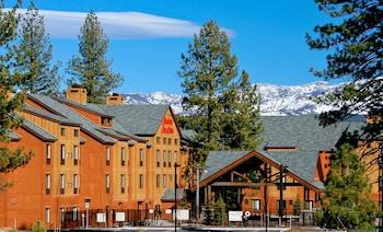 太浩特拉基歡朋套房飯店 Hampton Inn & Suites Tahoe-Truckee