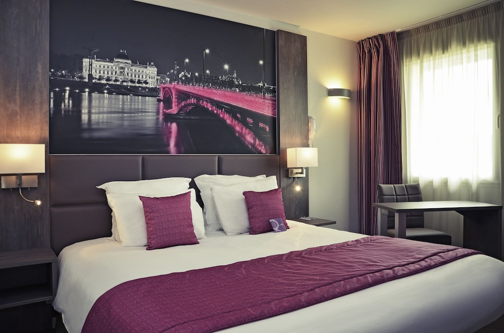 메르쿠르 리옹 에스트 샤포네(Mercure Lyon Est Chaponnay) Hotel Image 9 - Guestroom