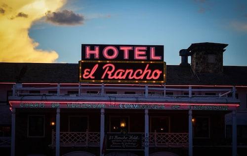 . El Rancho Hotel