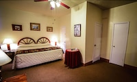 Family Suite, 1 Bedroom, Kitchen