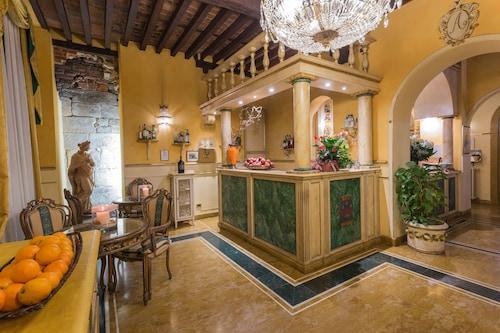 __{offers.Best_flights}__ Palazzo Alexander Hotel