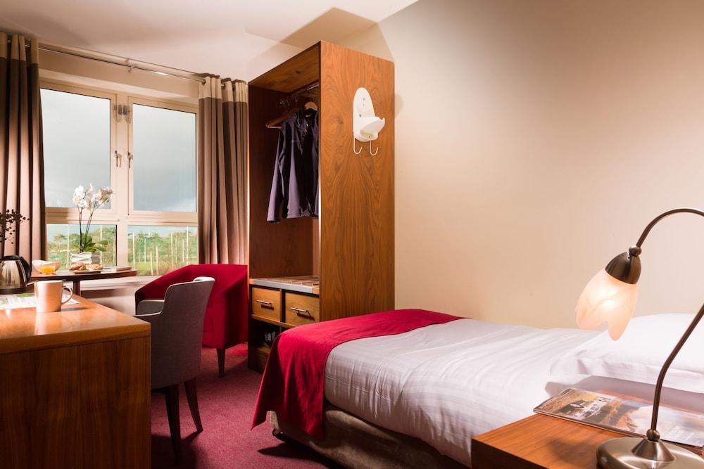 캐슬녹 호텔(Castleknock Hotel) Hotel Image 13 - Guestroom