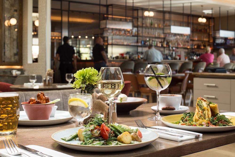 캐슬녹 호텔(Castleknock Hotel) Hotel Image 59 - Food and Drink