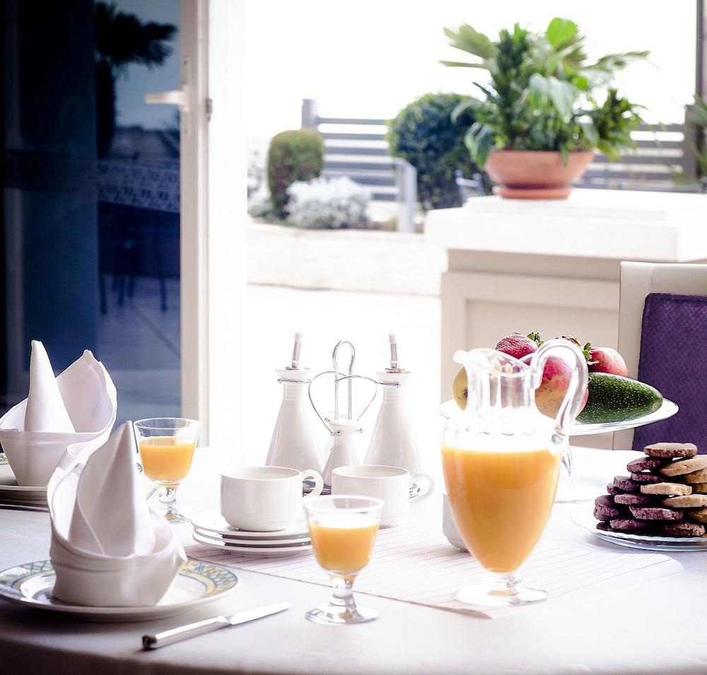 호텔 파노라마(Hotel Panorama) Hotel Image 45 - Breakfast Area