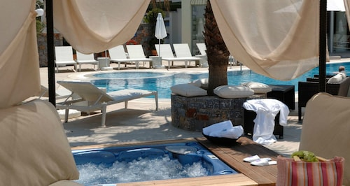 __{offers.Best_flights}__ Angela Suites Boutique Hotel