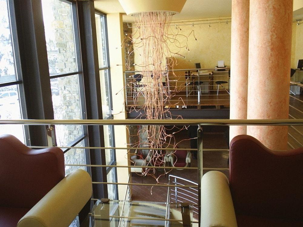 아트 앤드 호텔 아에로포르토(Art & Hotel Aeroporto) Hotel Image 1 - Lobby