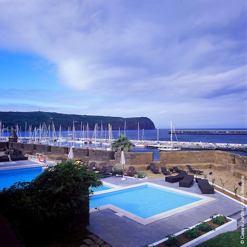 . Pousada Forte da Horta - Historic Hotel