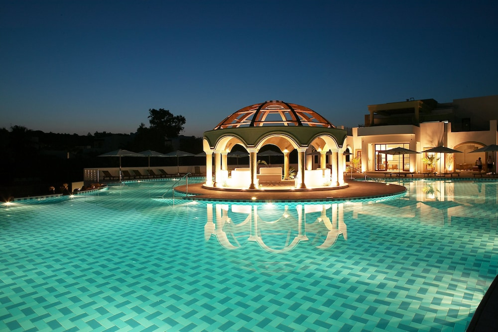 린디안 빌리지(Lindian Village) Hotel Image 22 - Outdoor Pool