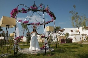 린디안 빌리지(Lindian Village) Hotel Image 45 - Outdoor Wedding Area
