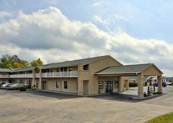 Quality Inn & Suites Big Rapids