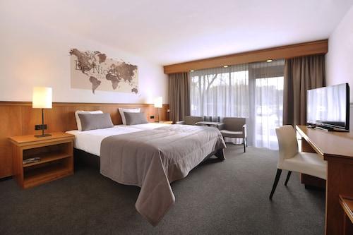 __{offers.Best_flights}__ Van Der Valk Hotel Stein-Urmond