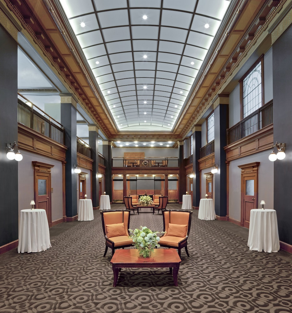 원 킹 웨스트 호텔 앤드 레지던스(One King West Hotel & Residence) Hotel Image 35 - Reception Hall