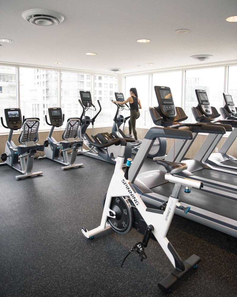 원 킹 웨스트 호텔 앤드 레지던스(One King West Hotel & Residence) Hotel Image 22 - Fitness Facility