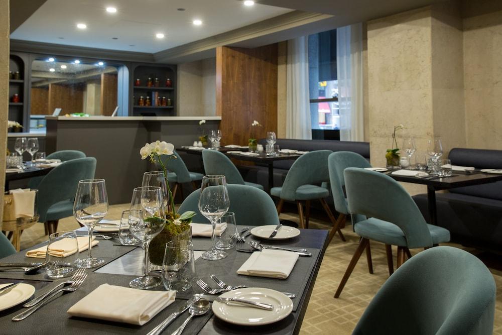 원 킹 웨스트 호텔 앤드 레지던스(One King West Hotel & Residence) Hotel Image 26 - Dining
