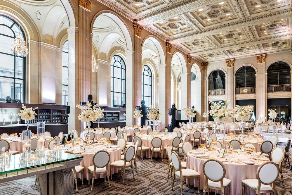 원 킹 웨스트 호텔 앤드 레지던스(One King West Hotel & Residence) Hotel Image 33 - Ballroom