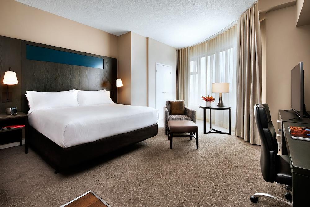 원 킹 웨스트 호텔 앤드 레지던스(One King West Hotel & Residence) Hotel Image 16 - Guestroom
