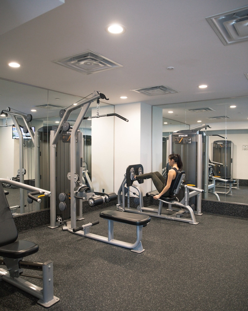원 킹 웨스트 호텔 앤드 레지던스(One King West Hotel & Residence) Hotel Image 25 - Fitness Facility