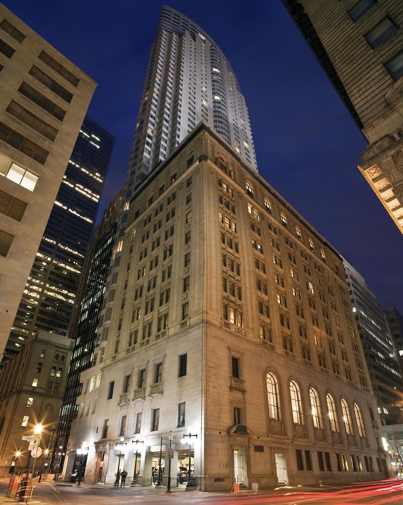 원 킹 웨스트 호텔 앤드 레지던스(One King West Hotel & Residence) Hotel Image 45 - Exterior