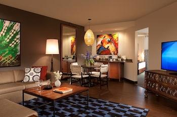 Executive Suite, 2 Double Beds, Non Smoking, City View