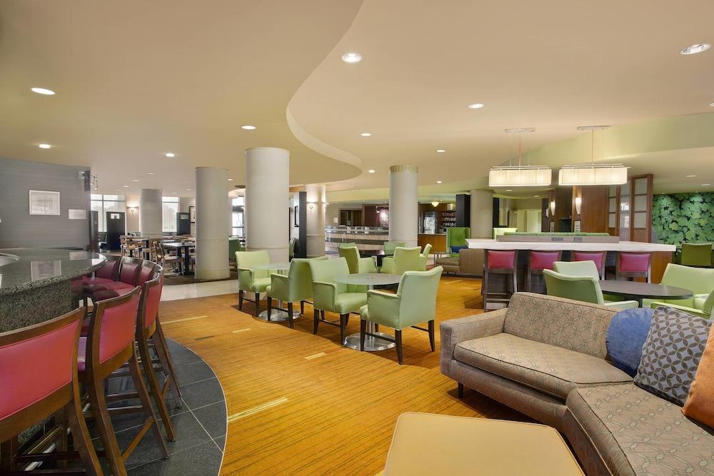 코트야드 바이 메리어트 랭커스터(Courtyard by Marriott Lancaster) Hotel Image 1 - Lobby