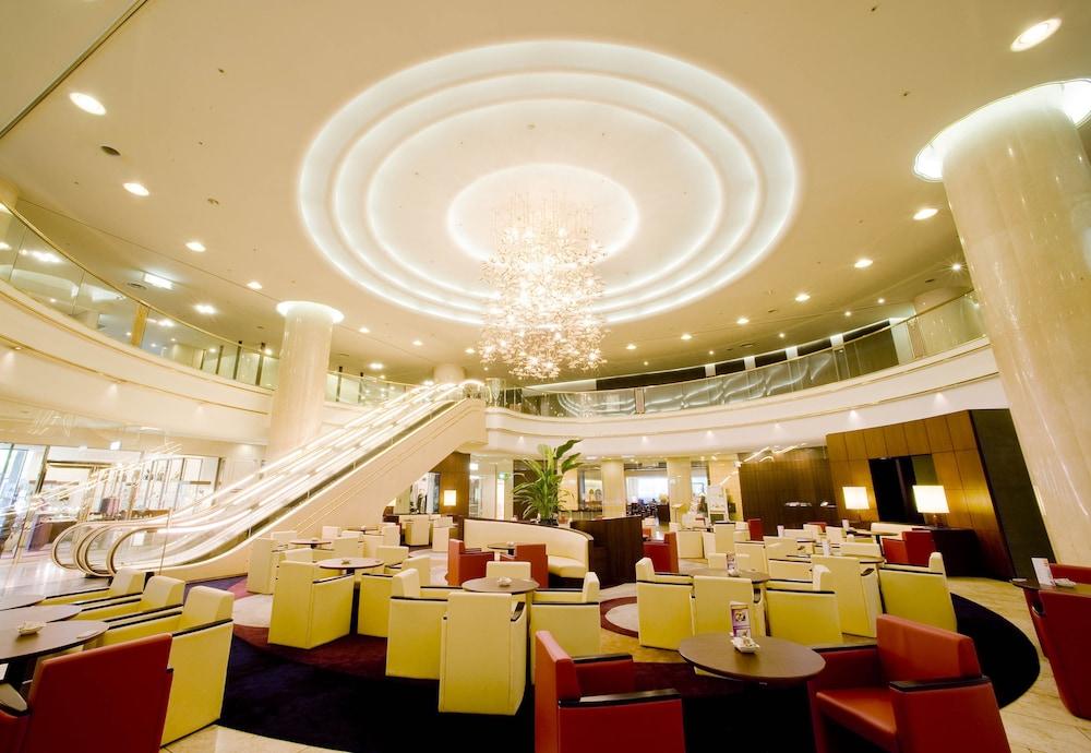 호텔 니코 히메지(Hotel Nikko Himeji) Hotel Image 1 - Lobby
