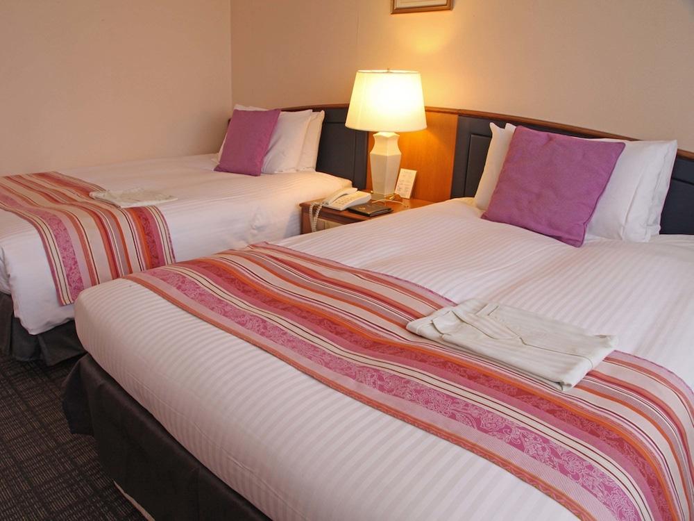 호텔 니코 히메지(Hotel Nikko Himeji) Hotel Image 8 - Guestroom