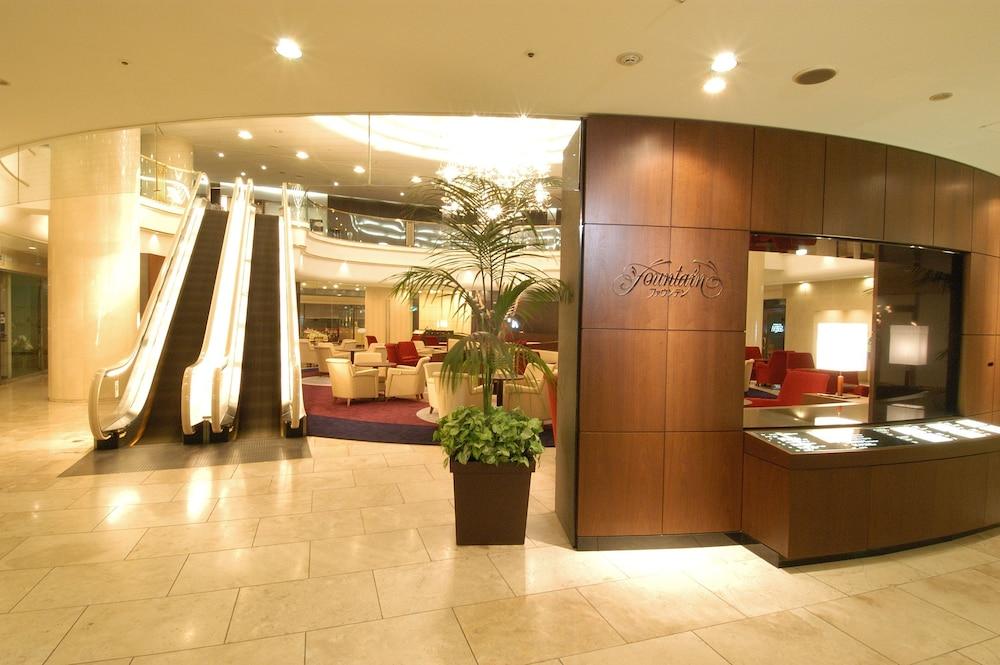 호텔 니코 히메지(Hotel Nikko Himeji) Hotel Image 79 - Interior Entrance