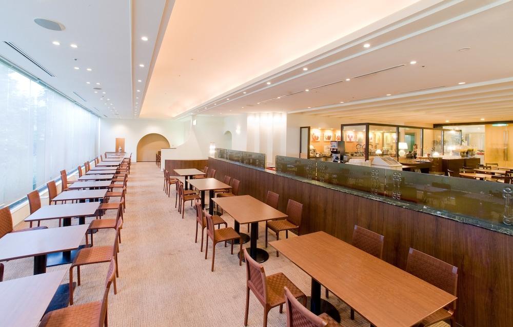 호텔 니코 히메지(Hotel Nikko Himeji) Hotel Image 61 - Restaurant