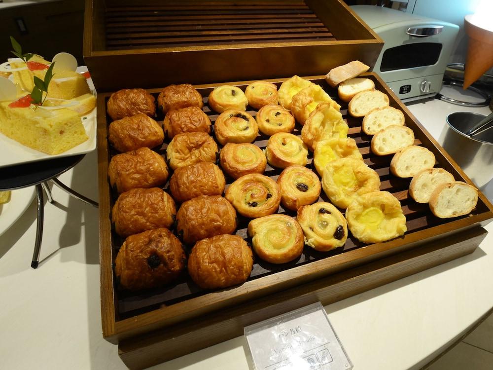 호텔 니코 히메지(Hotel Nikko Himeji) Hotel Image 99 - Buffet