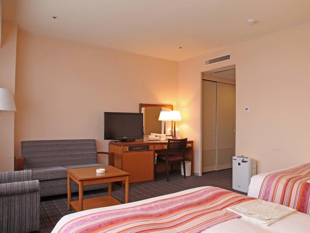 호텔 니코 히메지(Hotel Nikko Himeji) Hotel Image 16 - Guestroom