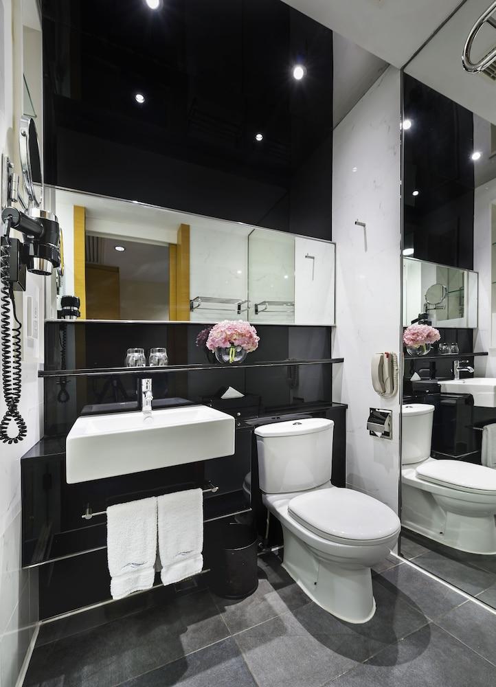 호텔 파노라마 바이 롬버스(Hotel Panorama By Rhombus) Hotel Image 29 - Bathroom