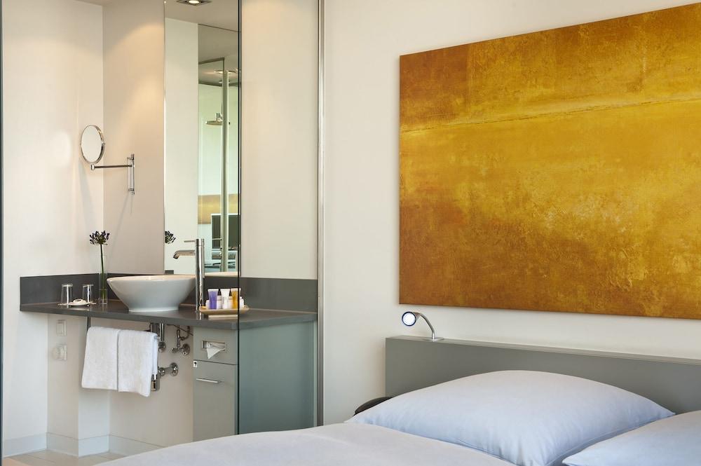 인사이드 바이 멜리아 프랑크푸르트 니데르라트(INNSIDE by Meliá Frankfurt Niederrad) Hotel Image 10 - Guestroom
