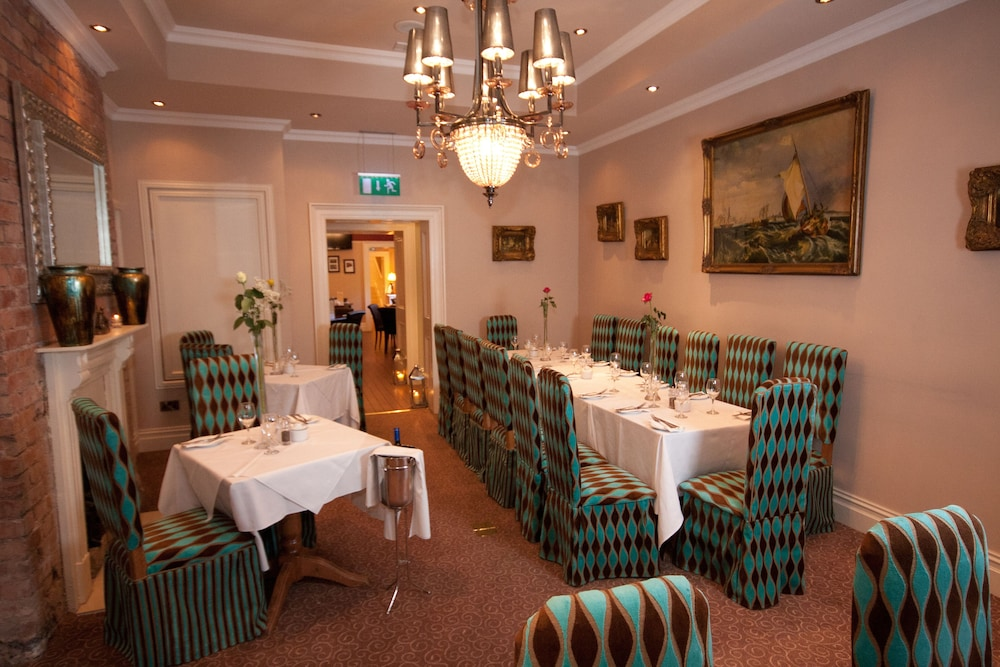 비엔나 우즈 호텔(Vienna Woods Hotel) Hotel Image 22 - Restaurant