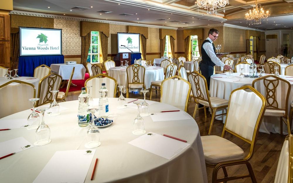 비엔나 우즈 호텔(Vienna Woods Hotel) Hotel Image 28 - Meeting Facility
