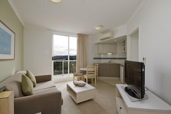 1 Bedroom Suite - Hinterland View - Weekly Housekeeping for stays 8 nights plus