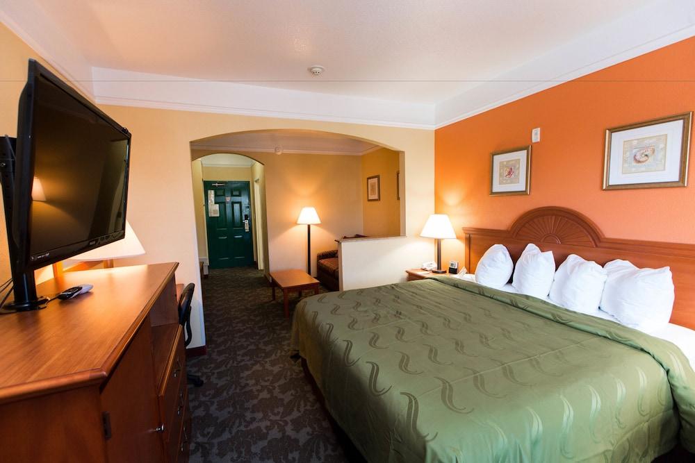 퀄리티 인 & 스위트 비치프론트(Quality Inn & Suites Beachfront) Hotel Image 3 - Guestroom