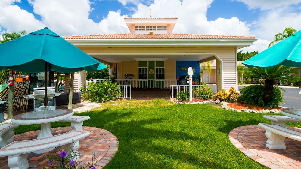 트로피컬 비치 리조트(Tropical Beach Resorts) Hotel Image 160 - Hotel Front