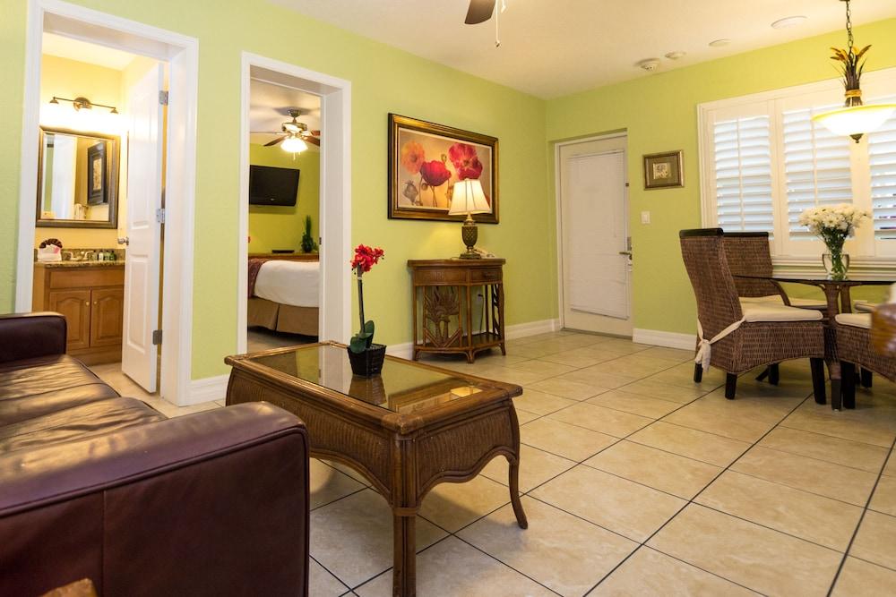트로피컬 비치 리조트(Tropical Beach Resorts) Hotel Image 67 - Guestroom
