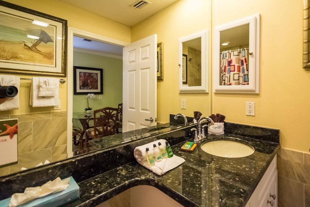 트로피컬 비치 리조트(Tropical Beach Resorts) Hotel Image 136 - Bathroom