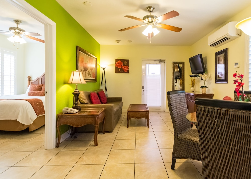 트로피컬 비치 리조트(Tropical Beach Resorts) Hotel Image 71 - Guestroom